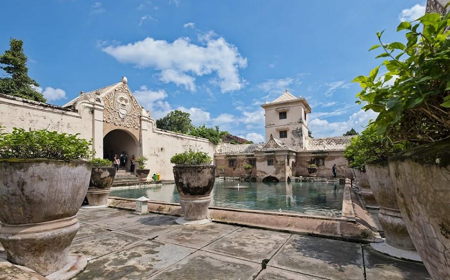 Taman Sari, Tempat Wisata Bersejarah di Jogja Kolam Pemandian