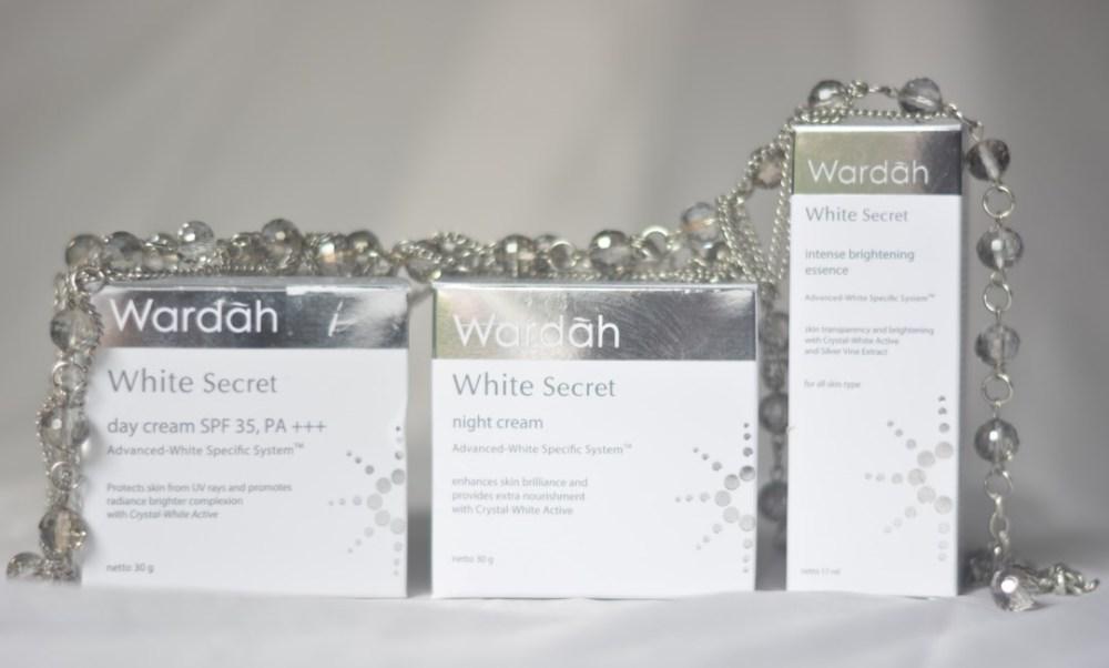 Kemasan atau Packaging Wardah White Secret