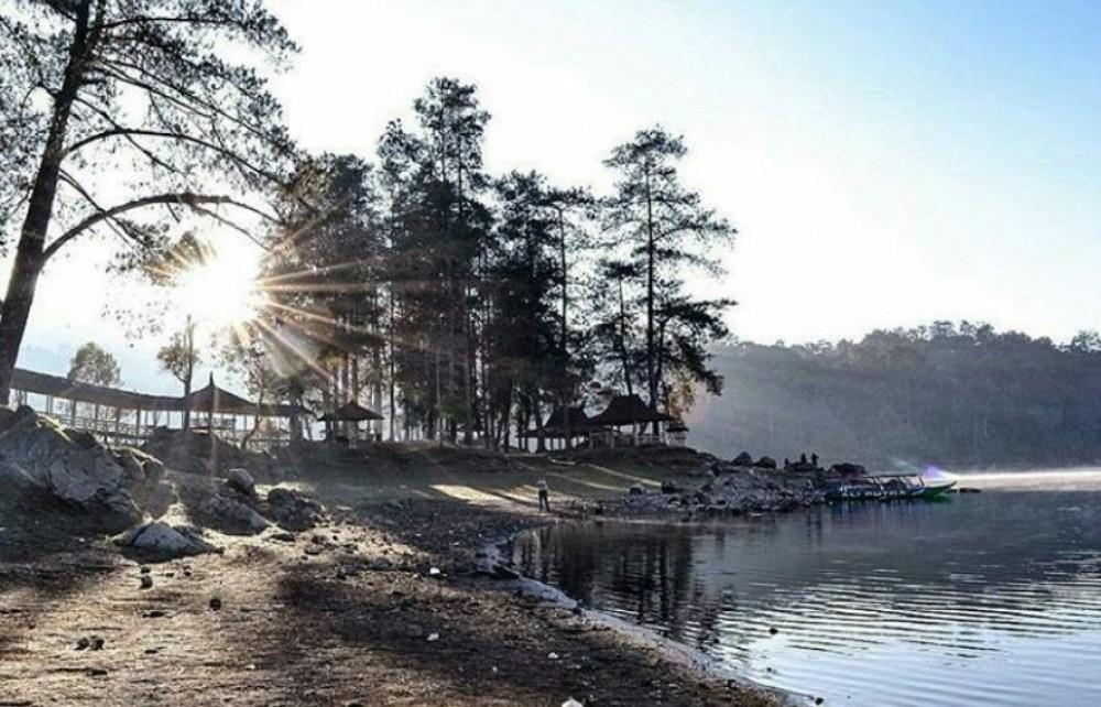 Objek Wisata Alam Situ Patenggang Bandung yang Eksotis dan Menakjubkan