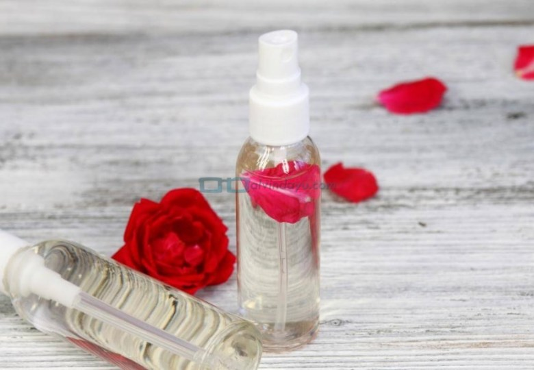 Wardah Aloe Vera Gel Dapat Dijadikan sebagai Setting Spray Make Up