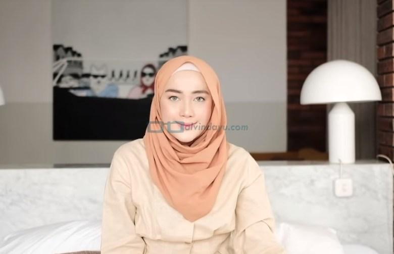 Tutorial Hijab Pashmina Simple untuk Remaja Kuliah SELESAI