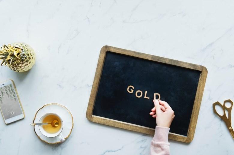 Keuntungan Investasi Emas Dibandingkan Jenis Investasi Lainnya