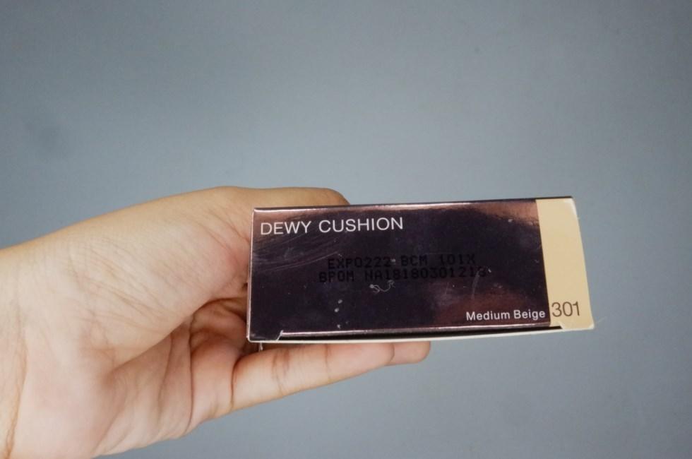Kemasan Pixy Make It Glow Dewy Cushion Bawah