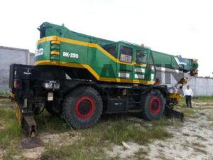 AlvinJayaPersada.COM - Rental Roughter Crane Kato 25 Ton