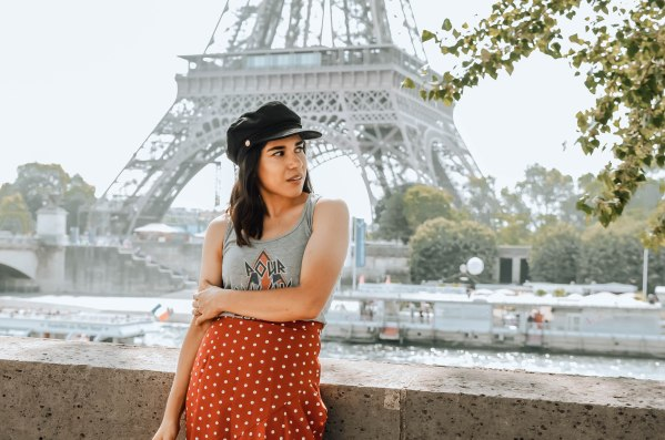 Eiffel Tower help
