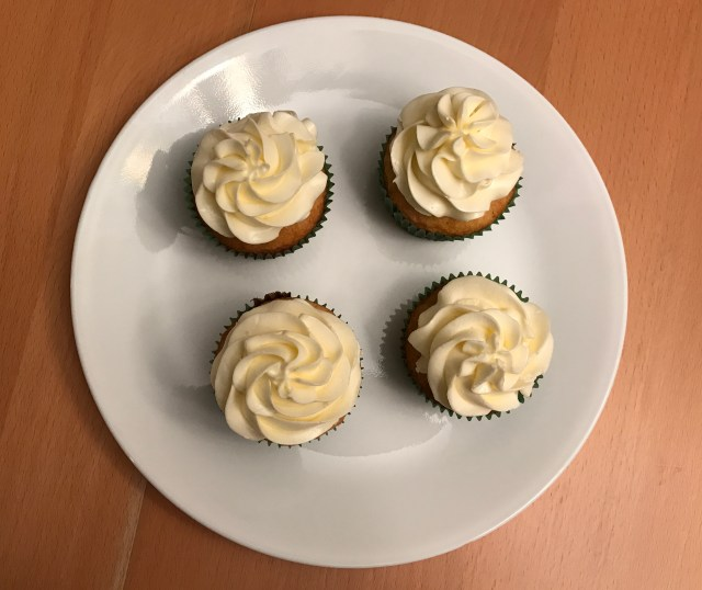 Ultimate Vanilla Cake and Cupcakes