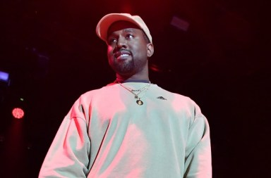 Kanye West Said That Drake 'Threatened Him' In Another Lengthy Twitter Onslaught