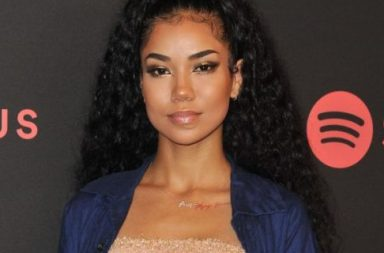 Bae Of The Day: Jhene Aiko's Single Looks Have Been Setting Twitter On Fire