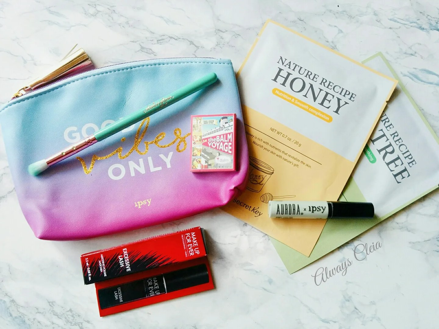 Ipsy August  2017 Good Vibes Only Glam Bag Review