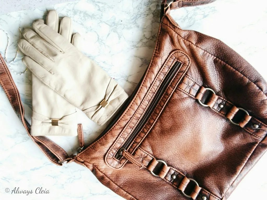 What's In My Bag - Gloves