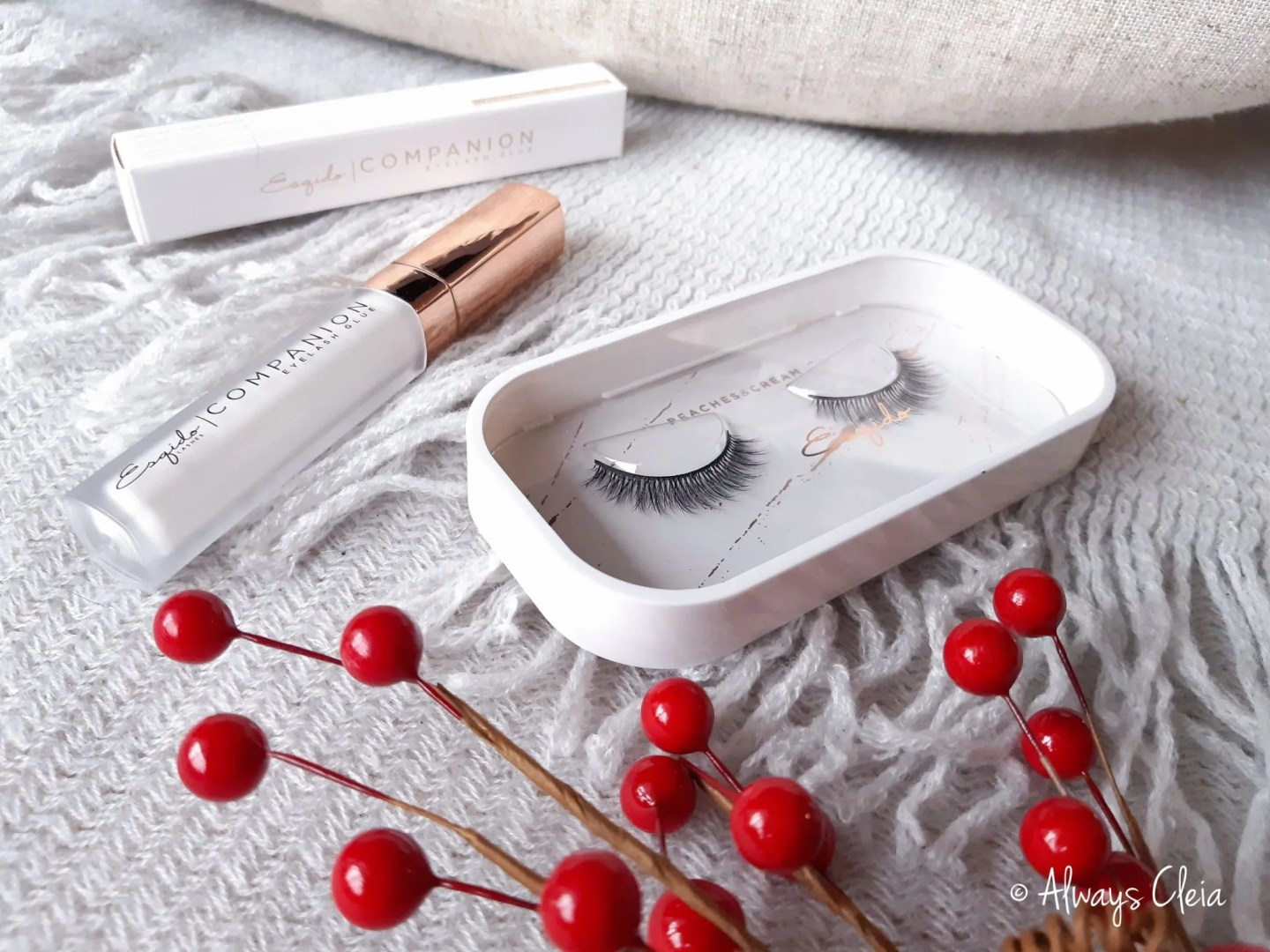 Esqido Unisyn Peaches & Cream Synthetic Lashes