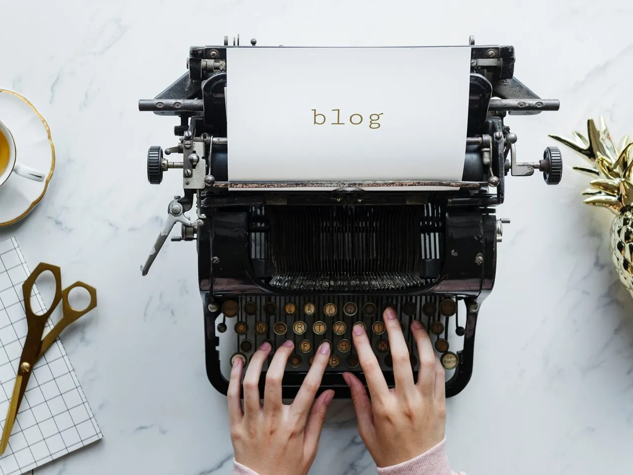 blogging-typewriter-blog