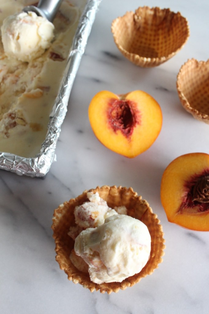 Peach Pie Ice Cream | alwayseatdessert.com