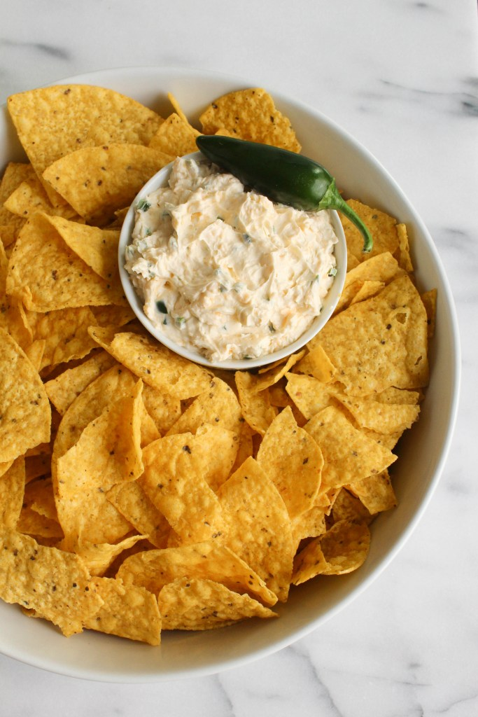 From dips and munchies to nachos and pizza, here are 10 must-have recipes for football party snacks to help you host the tastiest Super Bowl party ever!