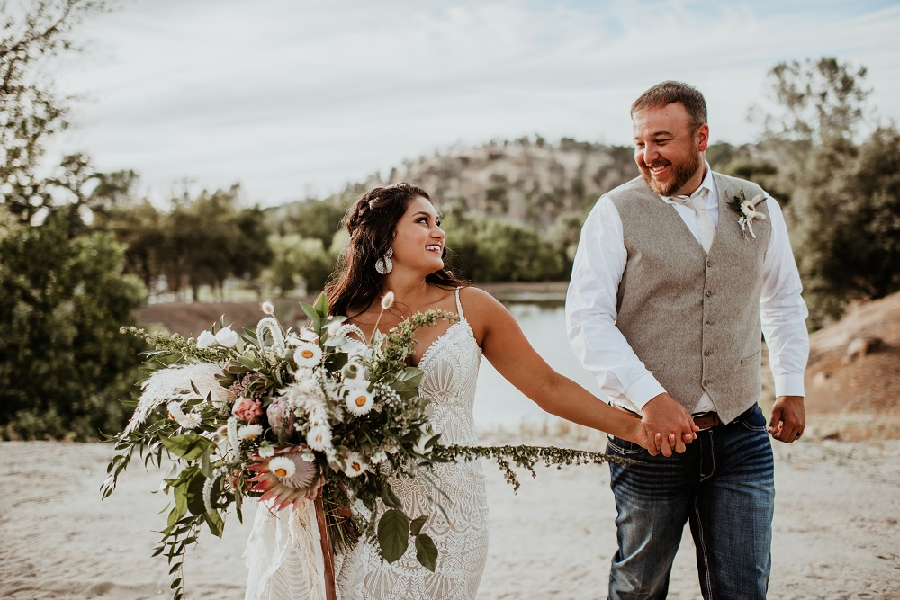 AE Bride Shae & Chris | Browns Valley CA