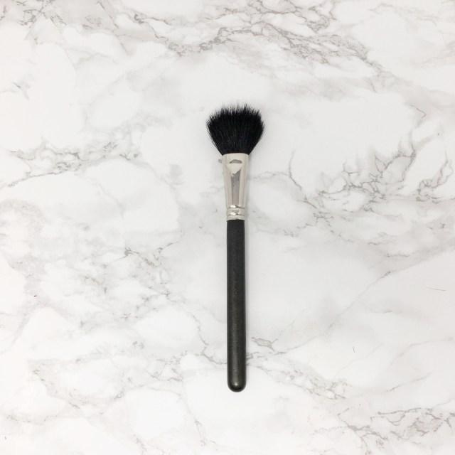 MAC Powder Blush Brush 03