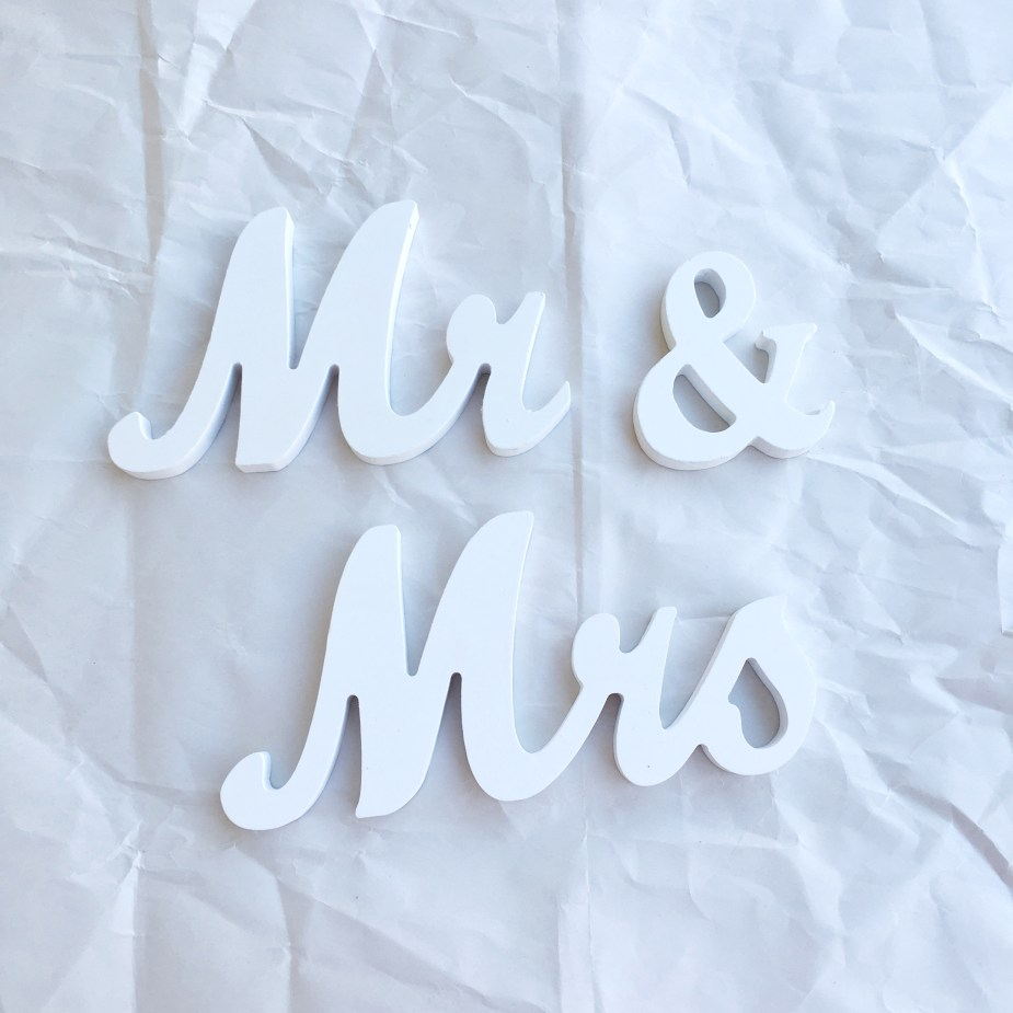 Mr and Mrs Signs 01