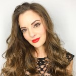 How To Wear Textured Red Lipstick