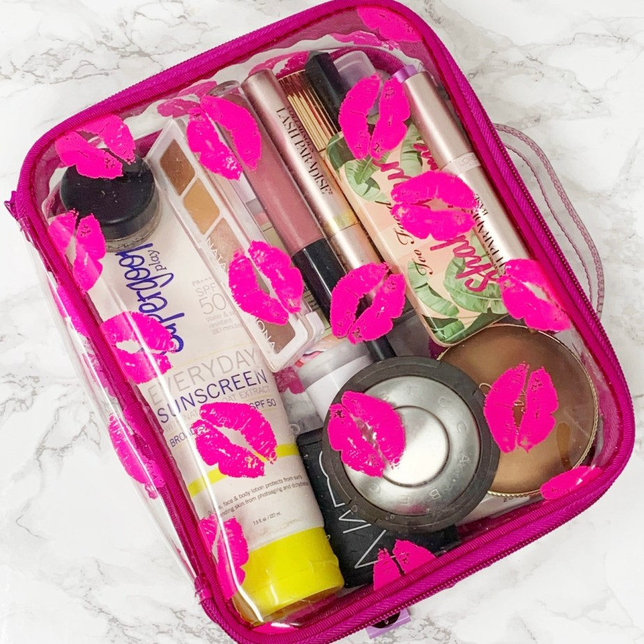 Makeup Necessities - All the basics you need in your makeup bag.