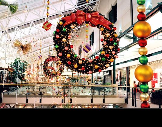 ALWAYS IN SEASON Commercial Holiday Decorating : Seasonal