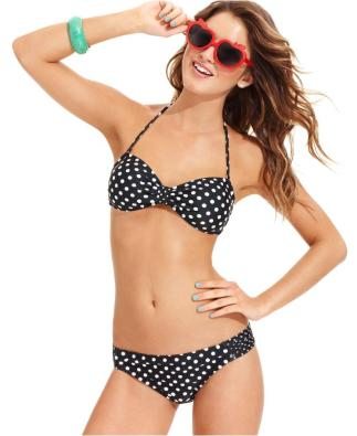 Polka dots look perfect in an hourglass body