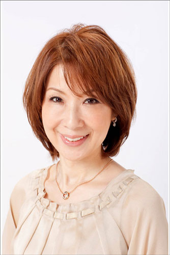 女優の伊藤蘭さんと俳優の水谷豊さんが夫婦共演した映画「少年H」が、第35回モスクワ国際映画祭で特別作品賞を受賞したことで話題になっています。