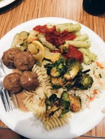 Thursday, 7:02pm: THE BEST DINNER I'VE EVER HAD.