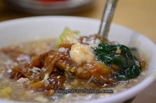 Restaurant-tuck-kee-noodles-ipoh 9
