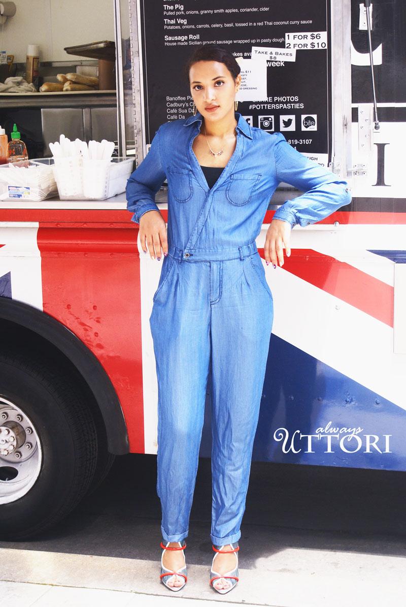 Blue jean jumpsuit. Introvert on the go fashion. Blog: Always Uttori