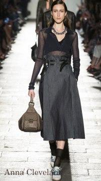 Model: Anna Cleveland, Bottega Veneta Spring 2017 Ready-to-Wear, via Vogue.com