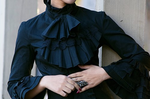 Always Uttori: Victorian Romance Fashion Style, Look 2. Photo Credit: Mechelle Avey.Spring Fashion: A Victorian Romance. Always Uttori.com
