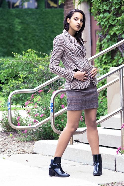 Hip Professional, Photo 3. Photo Credit: Mechelle Avey. INTJ Fall Fashion Hip Professional. Alwaysuttori.com