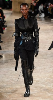 Ann Demeleumeester Fall 2018, Photo Credit: Kim Weston Arnold via Vogue.com. Fall Fashion Guide for INTJ Fashionistas