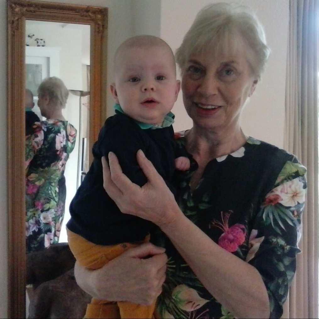eerste moederdag oma