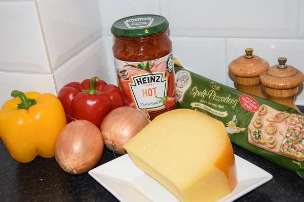 ingredienten-pizza-margerita-met-extra-groente