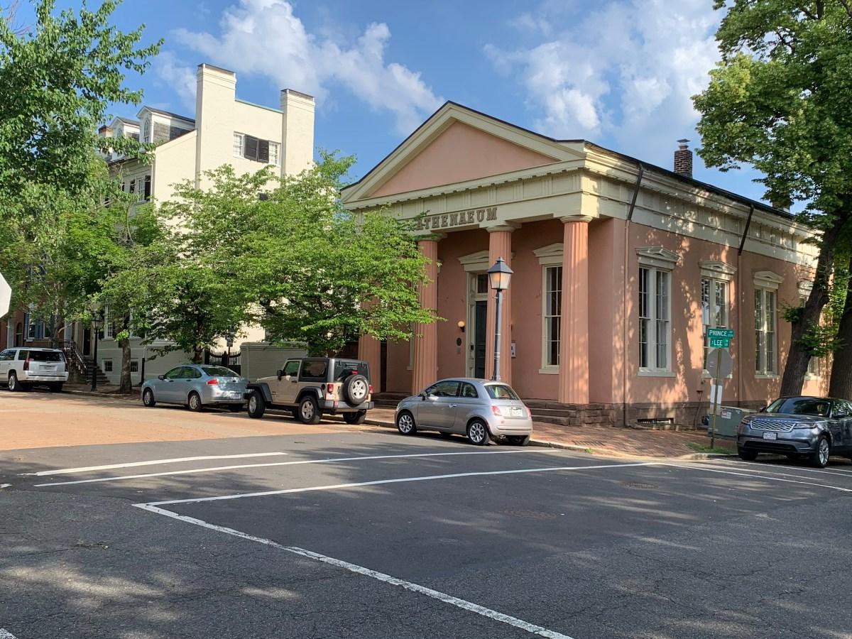 Athenaeum walking tour in Alexandria