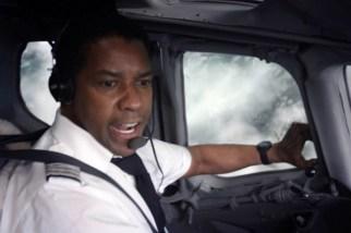 Başarılı bir pilot olan Whip, yeteneklerini kullanarak uçuş esnasında gerçekleşen felaketten sonra uçağı indirir ve birçok kişinin hayatını kurtarır. Kaptan Pilot kahraman ilan edilse de olayın iç yüzü daha sonra anlaşılmaya başlanır.