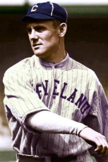 Amerikan Cleveland Indians'ın efsanevi oyuncusu Ray Chapman oyun sırasında başına gelen ve kafatasını parçalayan beyzbol topuyla yaşamını yitirdi.