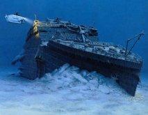 Titanic ile ilgili olan bu ilginç olay ise 1898 yılında yazılan bir hikayeye dayanıyor. Morgan Robinson isimli hikaye yazarı Titan adlı bir hikaye yazmış, geminin okyanusta bir buzdağına çarparak battığını anlatmıştır. Bu hikayenin üzerinden 14 yıl sonra Titanic adlı yolcu gemisi, aynen Robinson'ın yazdığı gibi, aynı anlatıldığı gibi ve aynı yerde kaza geçirmiş ve batmıştır. İlginç değil mi?…