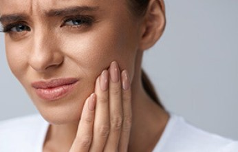 4 Signs of Unhealthy Teeth & What to Do About Them