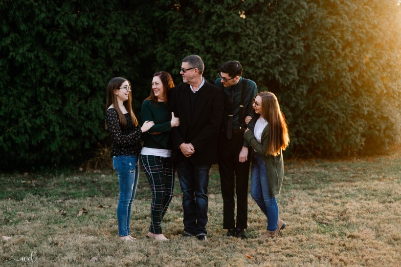 Family Session Photographer   Louisville, KY New Albany, Clarksville, Jeffersonville, Indiana. Kentuckiana and Southern Indiana.