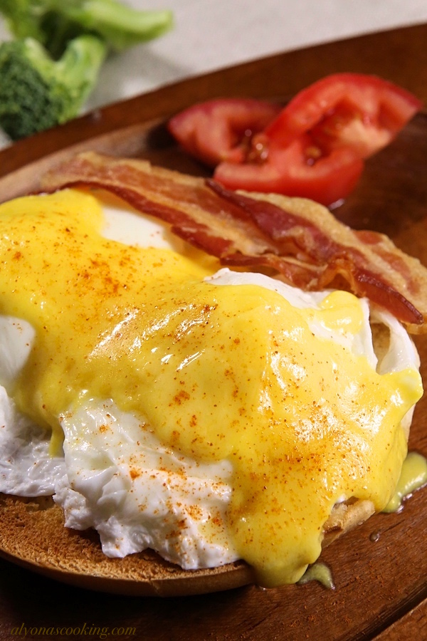 super-easy-stove-free-hollandaise-sauce
