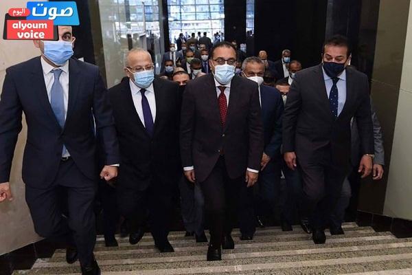 رئيس الوزراء يتفقد أعمال إعادة تأهيل مباني المعهد القومي للأورام