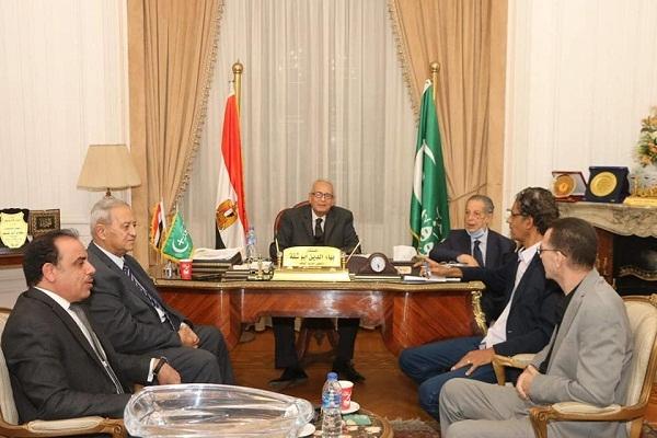 أبو شقة يهاتف وزير الأوقاف لاتخاذ الإجراءات اللازمة تجاه منزل النحاس باشا