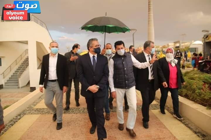 وزيرا الرياضة والسياحة يتفقدان فرع نادي النادي بمدينة السادس من أكتوبر