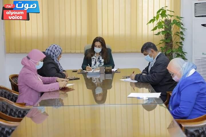محافظ دمياط تعقد اجتماعاً لمتابعة الموقف التنفيذي لمشروعات مياه الشرب والصرف الصحي