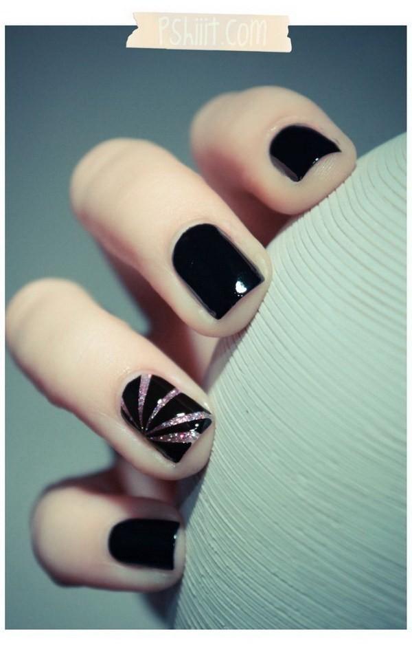 Silver-Slivers-On-Black-Background-Nails Elegant Black Nail Art Designs