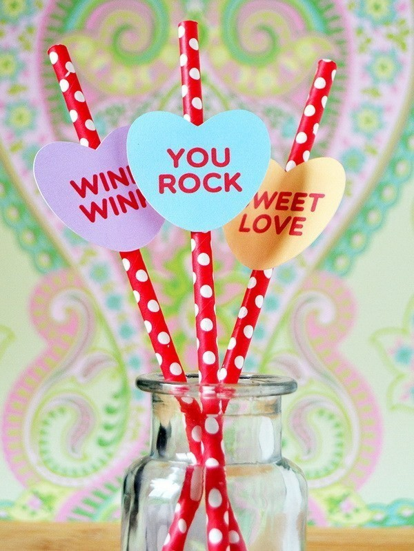 Cute-Conversation-Candy-Heart-Straws Sweet DIY Valentine's Day Decoration Ideas