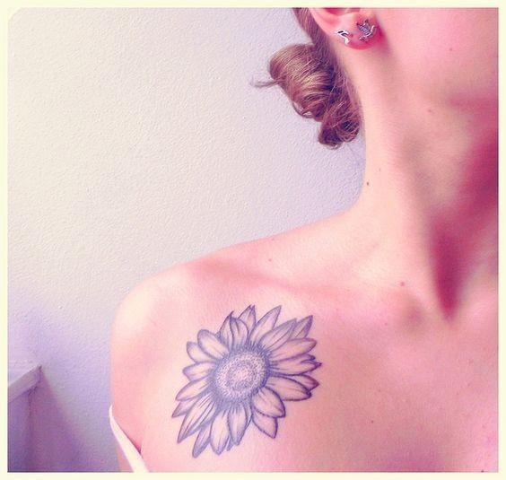 Sunflower-Tattoo-On-Collarbone Amazing Sunflower Tattoo Ideas