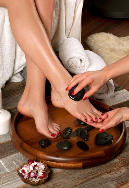 Pedicure-For-Perfect-Look-12-www.ohfree.net_ Pedicure For Perfect Look – Do Not Forget Your Feet